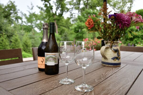 Johnson - Table - Wine & OIC Glasses