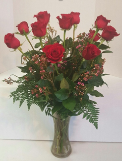 Heinen Landscape Village Flower Company Valentine Rose Bouquet